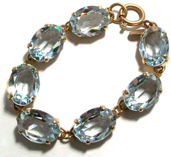 La Vie Parisienne Oval Crystal Bracelet - Indian Sapphire and Gold