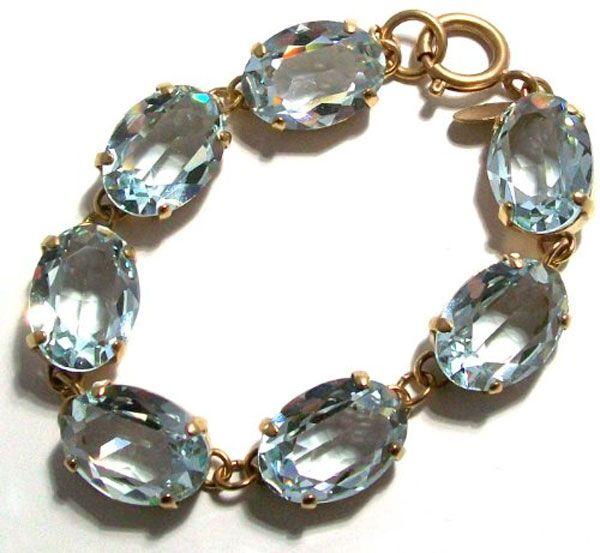 La Vie Parisienne Oval Crystal Bracelet - Indian Sapphire and Gold