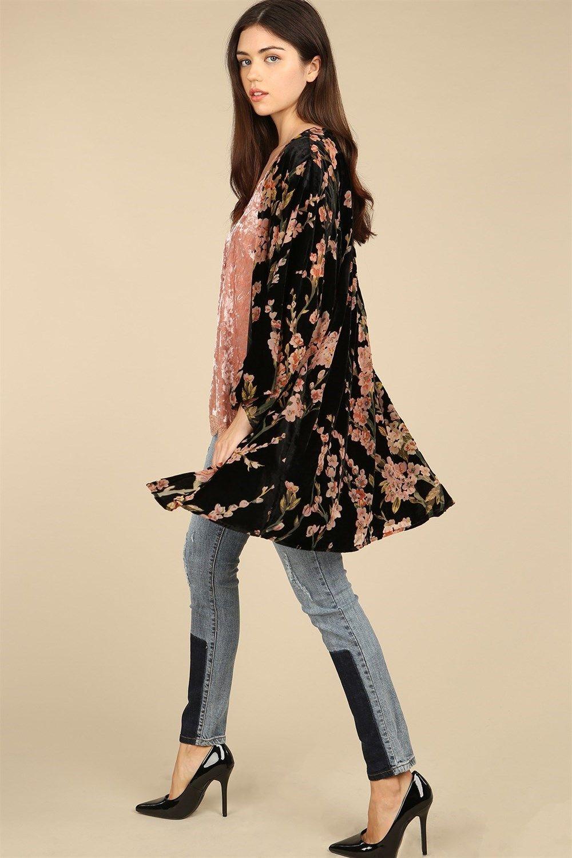 cd018dfdf4c50 pol-clothing-bohemian-pink-black-floral-print-burnout-velvet-kimono.jpg